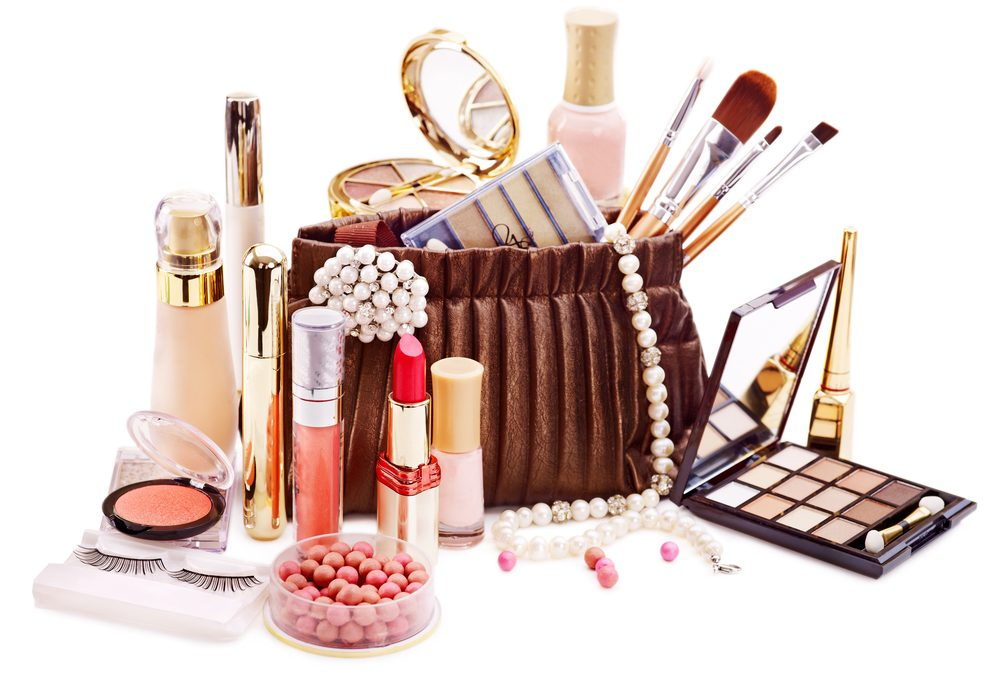 I asked top midlife bloggers for a list of the One Fabulous Beauty Product they wouldn't want to live without. They've generously shared their favourites with us. Click through to see the secrets of these gorgeous over 50 women bloggers.