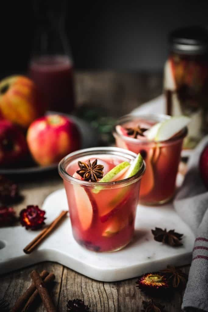 25 delicious Christmas cocktails, featuring winter classics, cocktails that taste like Christmas treats, and drinks that toast the spirit of the season. You're sure to find some cocktail recipes to wow your guests at your next Christmas party. #holiday #drink #cocktails #christmas #booze #party #martini