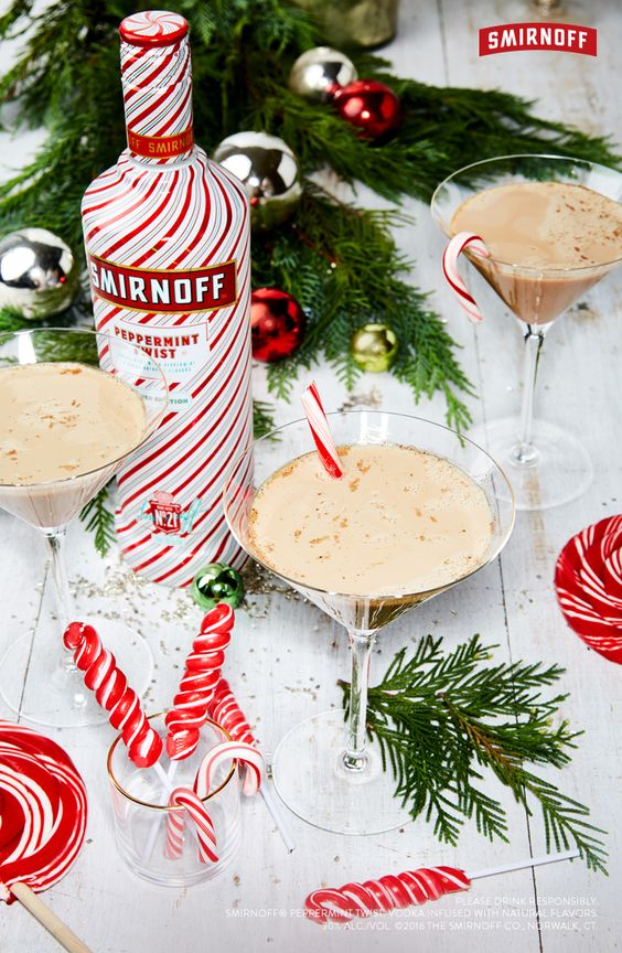 Check out these kick-ass Christmas Cocktails! They will have you feeling the holiday cheer in no time!
