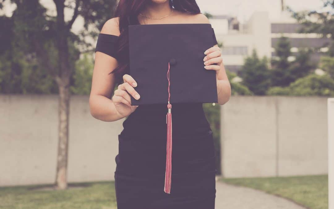Finding the funds to help pay the fees involved with going back to school can be overwhelming. Click through for the one tool you need to make going back to college as a midlife woman less stressful.