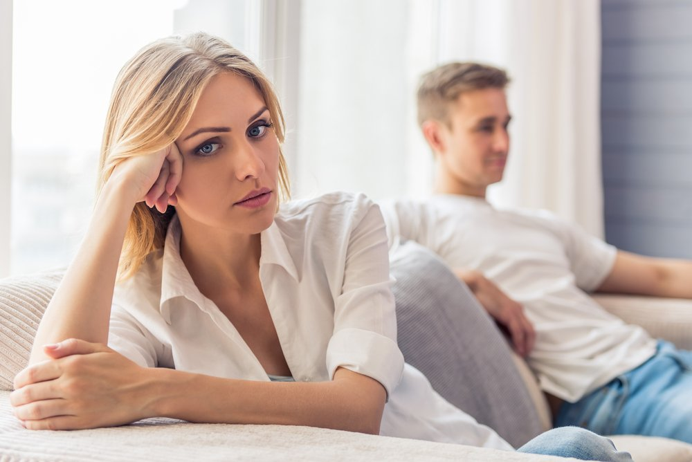 It is so easy for women to lose themselves to excitement when they start to date someone new. Don't ignore the signs. Check out these 7 things that you should not sacrifice in a new relationship. #relationshipadvice #relationshiptips #relationships #dating