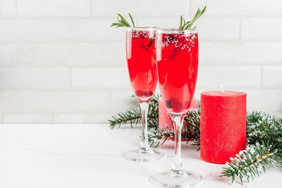 25 Kick-Ass Christmas Cocktail Recipes