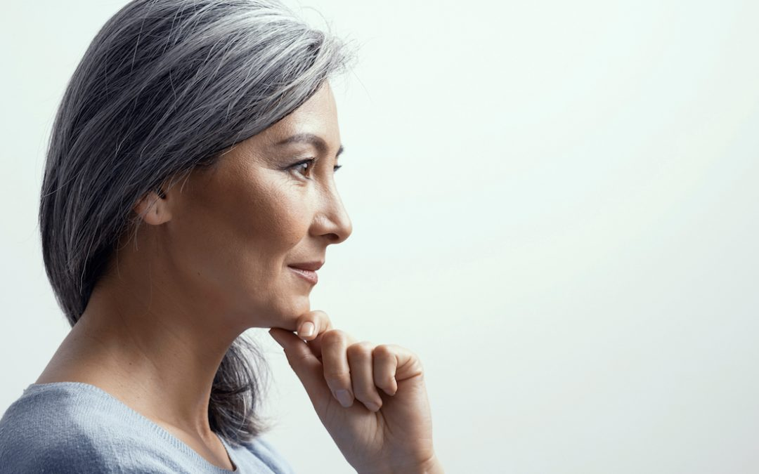 10 Habits of Women Who Have Gorgeous Gray Hair
