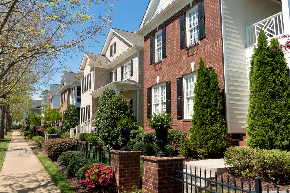 5 Ways To Help Your Home Blend Into Your Neighborhood