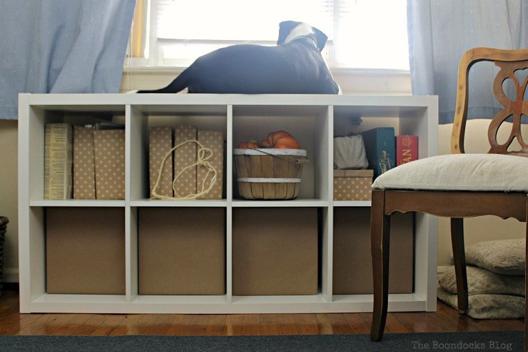 Using cube organizers will completely transform your space! Here's a few do's and don'ts, as well as examples, that will help you get the most out of them.