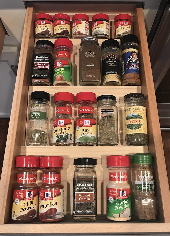 Looking to organize your spices or find a new way to store them? You are sure to find your solution amongst these 15 spice organization ideas. #spiceorganization #organization #kitchenorganization #kitchenhacks