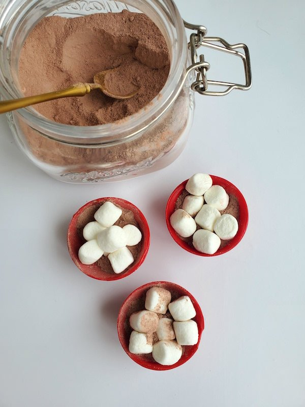 Treat yourself or gift a loved one to these easy to make Valentine's Day Hot Cocoa Bombs. It will warm you up even on the coldest winter's night.