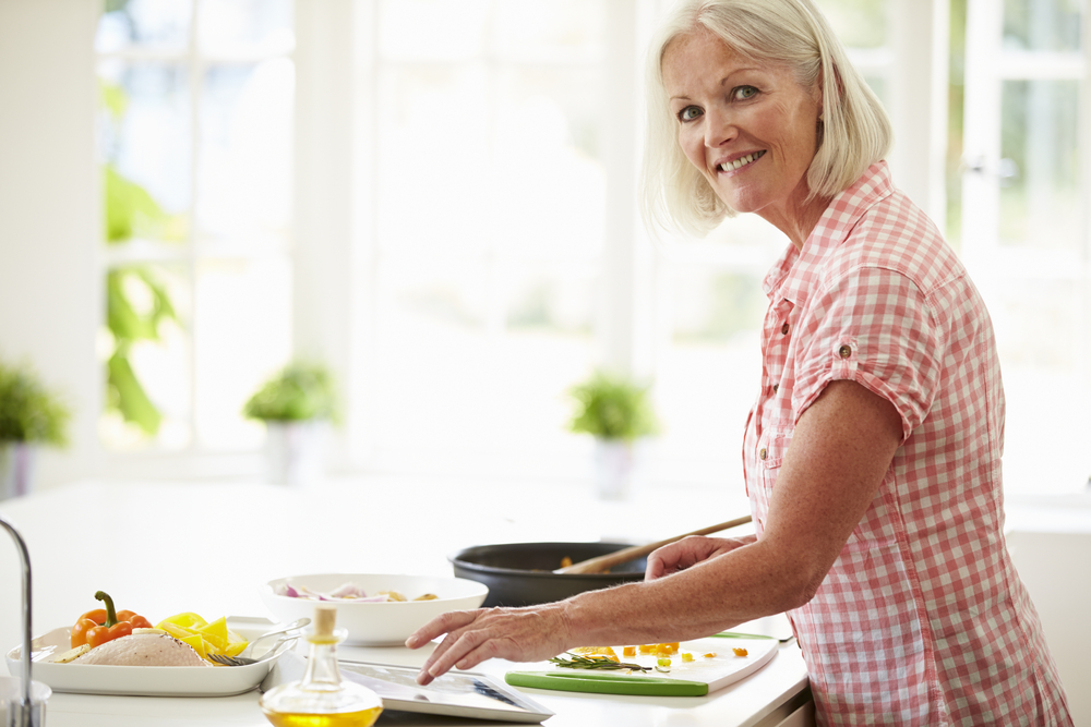 Choosing the right weight loss program for you can be very confusing but this list of 2021 diet trends should help you decide which options merit more investigation.
